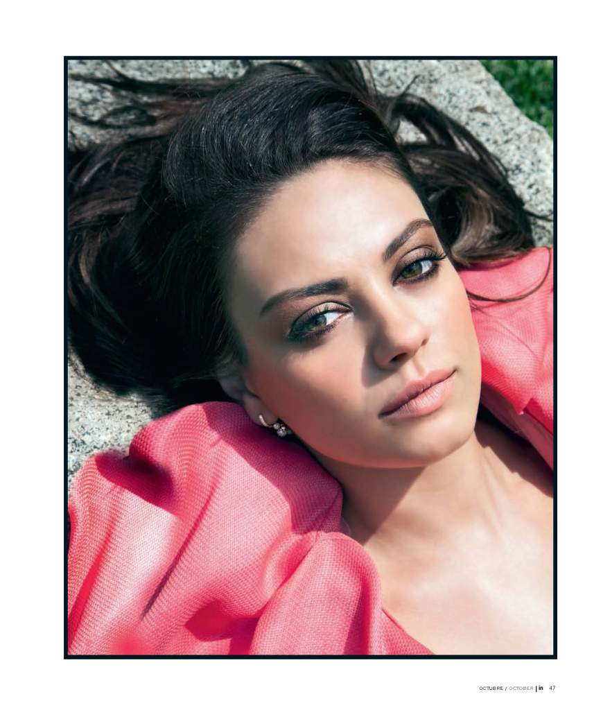02 Mila Kunis - In Oct 2012